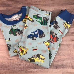 Size 110 HANNA ANDERSSON dump trucks pajamas